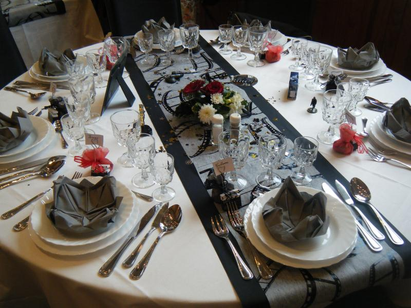 Pin d coration de table th me cin ma pour mariage on pinterest - Centre de table cinema mariage ...
